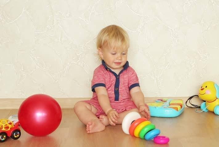 Игра с бебе вкъши